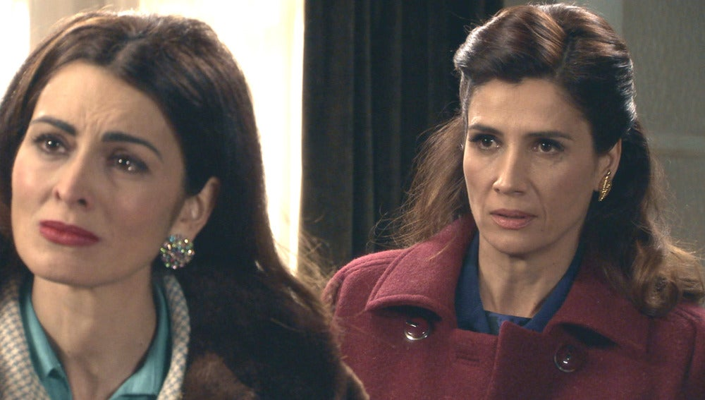 Adela se enfada con Tomás por la visita de Rosa