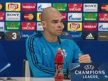 Pepe en rueda de prensa