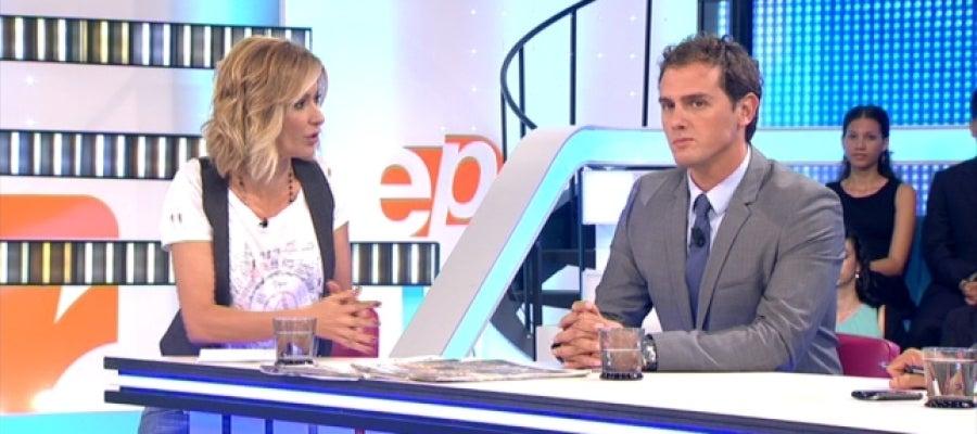 Antena 3 tv susanna griso entrevista a albert rivera en for Ver espejo publico hoy