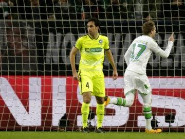 Schurrle celebra un gol con el Wolfsburgo