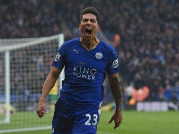 Ulloa, eufórico tras encajar el gol de la victoria al Norwich City