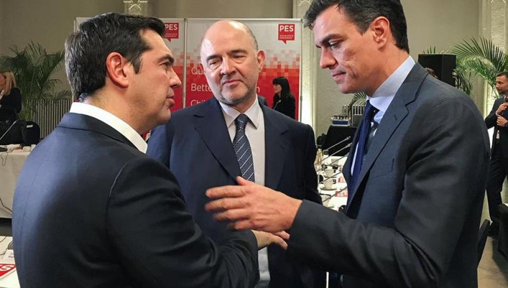 Pedro Sánchez junto a Alexis Tsipras