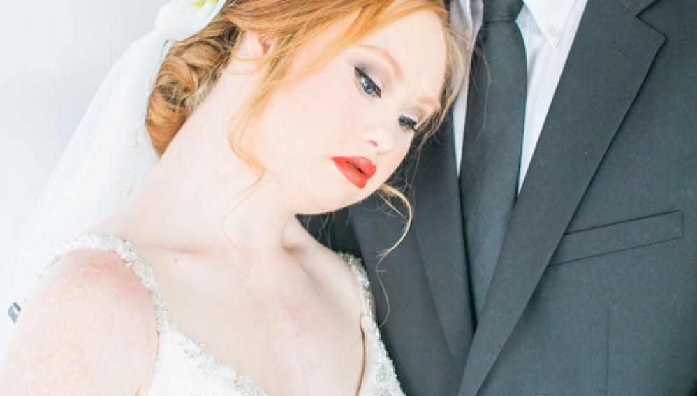 Sesión fotográfica de Madeline Stuart como novia