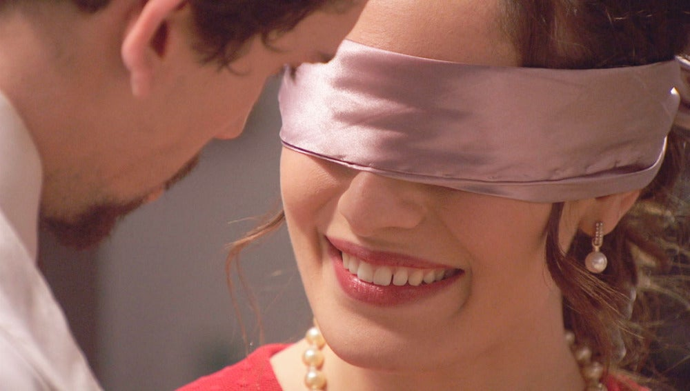 foto Cada vez hay más acercamiento entre Camila y Elías