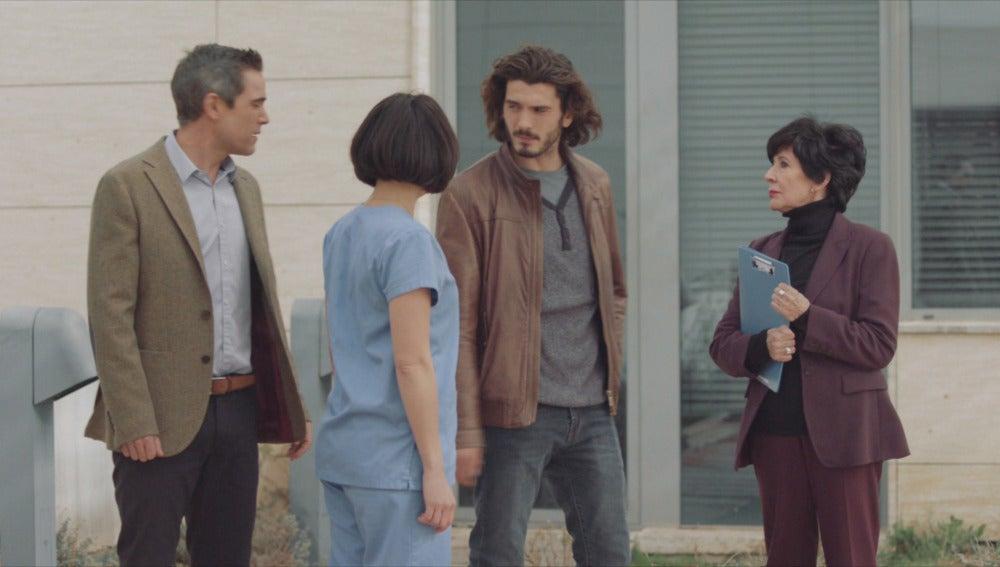 Daniel, Natalia, Víctor y Adela