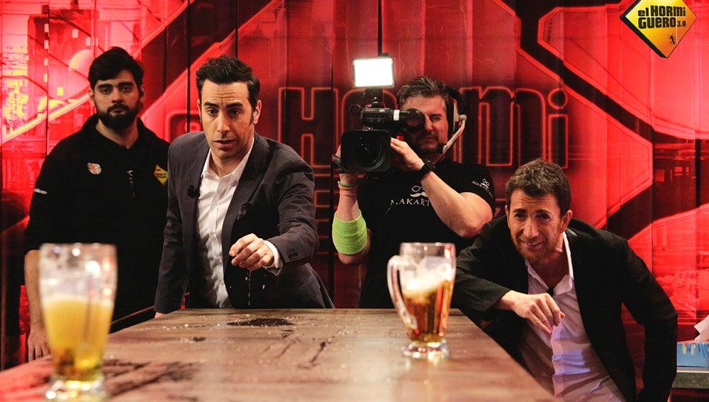 Sacha Baron Cohen y Pablo Motos se van de cañas