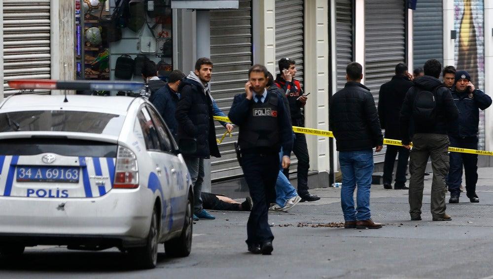 Varios muertos en Estambul por un atentado