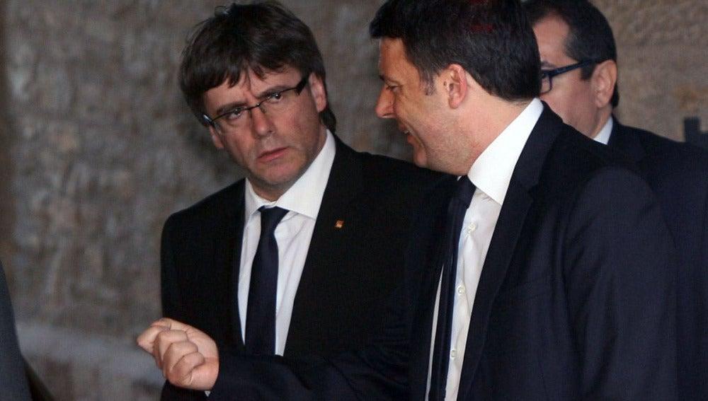 Matteo Renzi y Puigdemont
