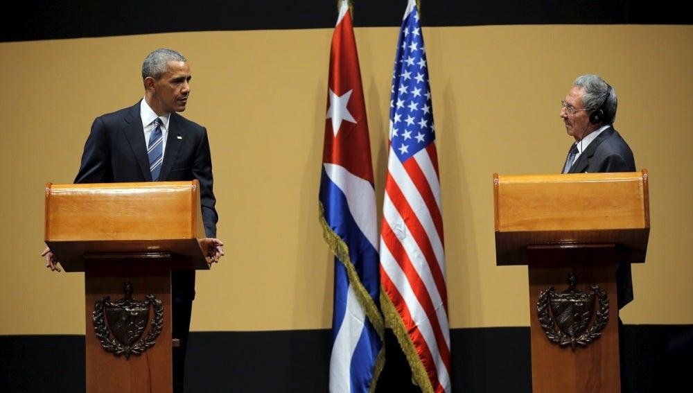 Barack Obama y Raúl Castro tras su encuentro en Cuba