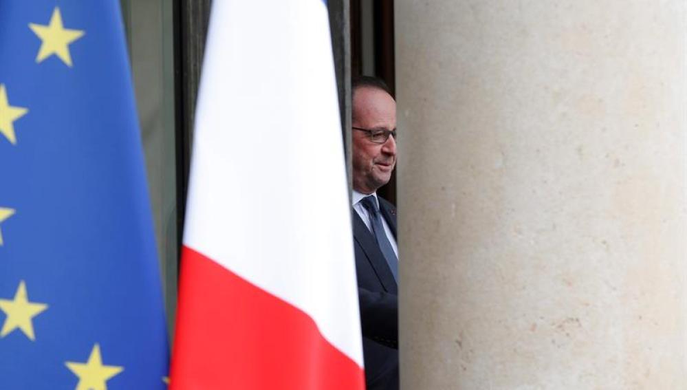 Las víctimas del atentado del 13-N piden respuestas concretas a Hollande