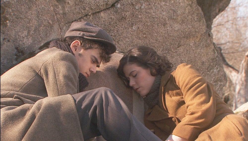 Matías y Rafaela, dormidos