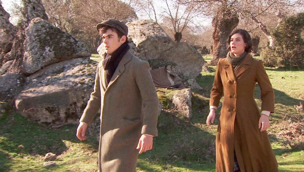 Matías y Rafaela asustados