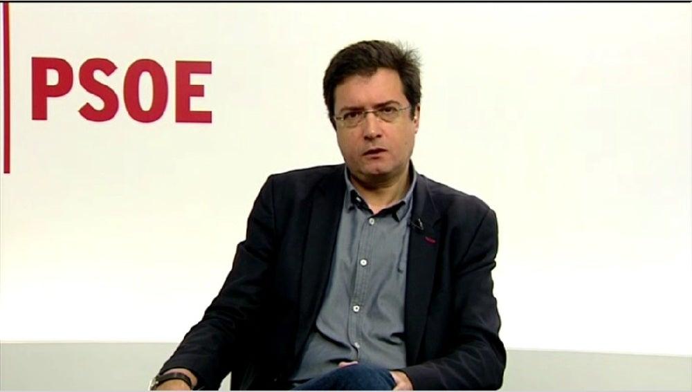 Óscar López, portavoz socialista en el Senado, durante una entrevista en Espejo Público
