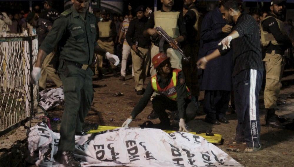 Atentado suicida en Lahore