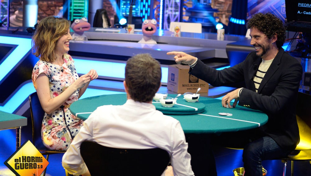 El Poker de yogures con Paco León y Natalia de Molina