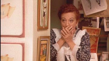 Dolores, sorprendida