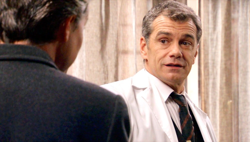 Tobías Núñez se cita con el doctor Martos