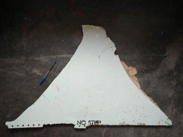 Pieza de metal encontrada, a finales de febrero, en Mozambique