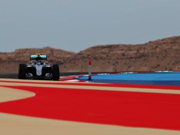 Nico Rosberg rueda en Baréin