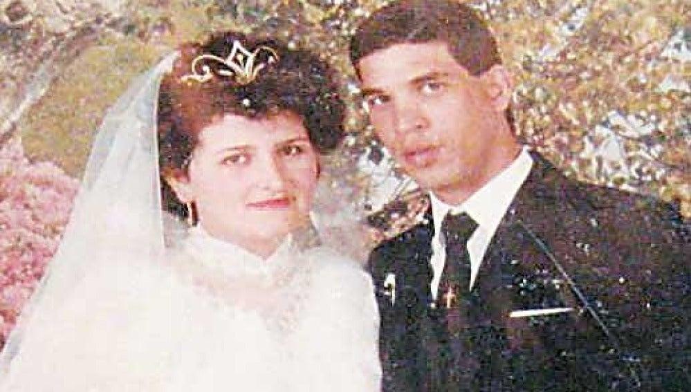 Marina Paraschou y Seif Eldin Mustafa durante su boda