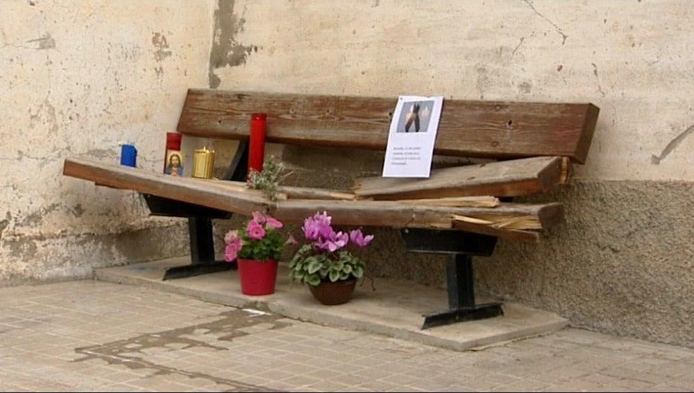 Muere una mujer tras ser atropellada por un coche cuando estaba sentada en un banco
