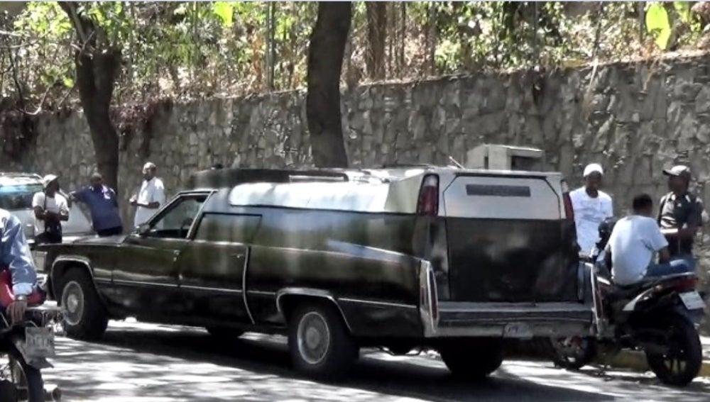 Coche funerario en Venezuela