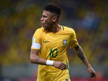 Neymar, en un partido con la selección brasileña