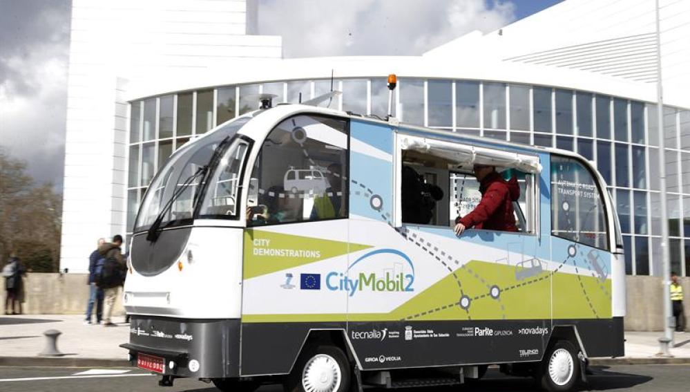 Los primeros autobuses sin conductor ya funcionan en pruebas en San Sebastián