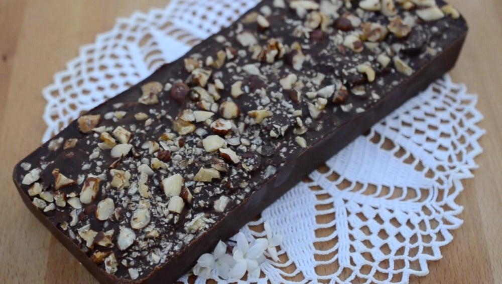 Un pastel de chocolate y galletas SIN HORNO.