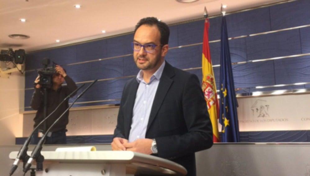 Antonio Hernando en el Conrgeso