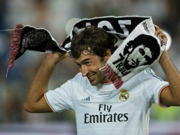 Raúl, con la camiseta del Real Madrid