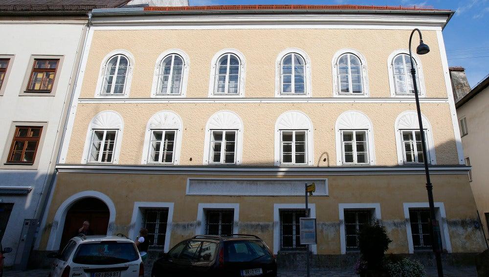 Austria quiere expropiar la casa natal de Adolf Hitler para evitar que se convierta en un templo neonazi