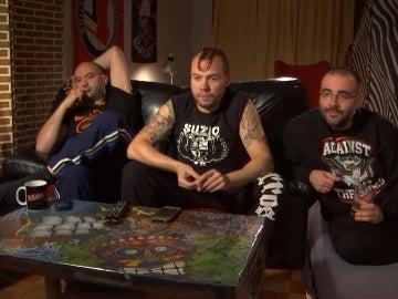 Rubén, Diego y David, punkies y colegas en 'Aquí mando yo'