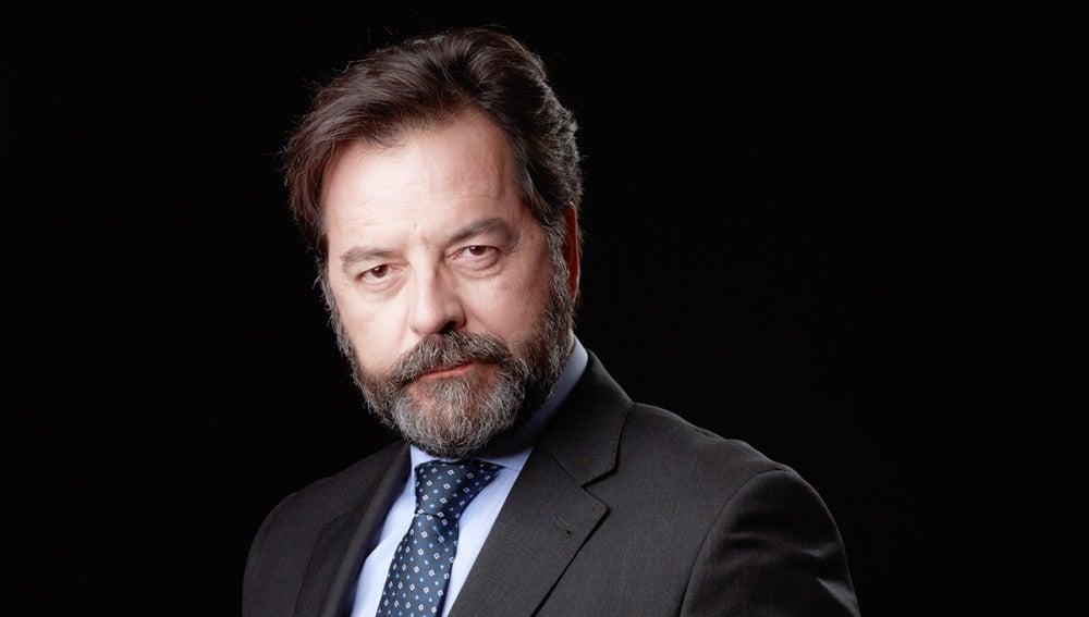 Abel Folk es Luis, el embajador