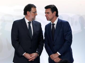 Mariano Rajoy junto a José Manuel Soria