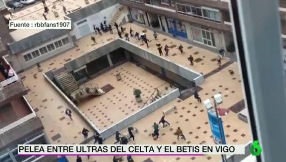 Ultras de Celta y Betis se pelean cerca de Balaídos
