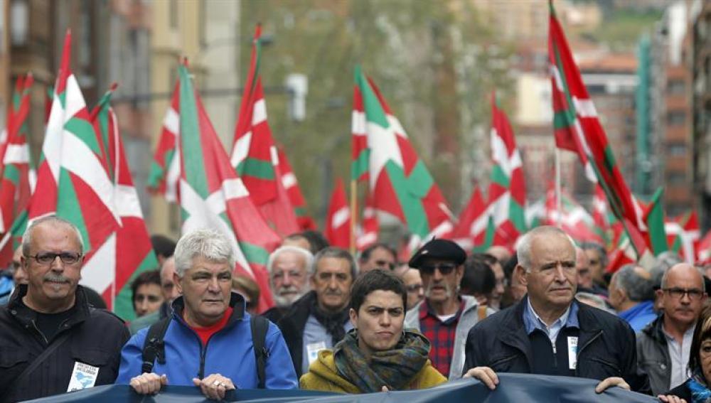 Marcha multitudinaria en Bilbao a favor de los presos de ETA