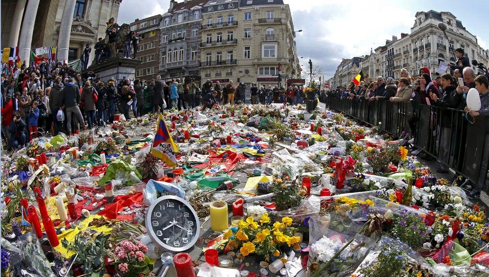 Marcha multitudinaria en Bruselas contra el terror