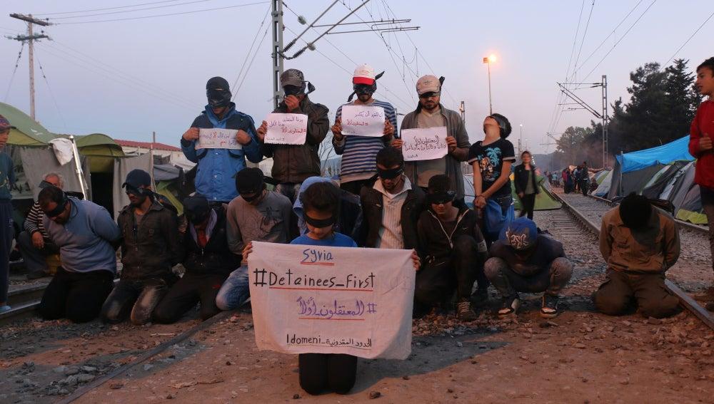 Protestas en las vías ferroviarias a su paso por Idomeni