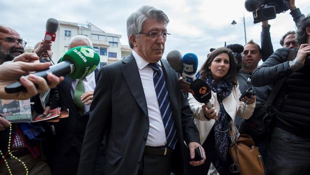 El presidente del Atlético de Madrid, Enrique Cerezo, a su llegada al juzgado