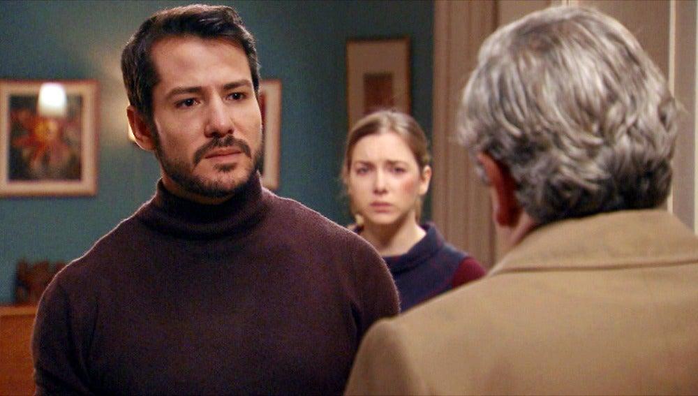 Parrado visita a Miguel y Leonor