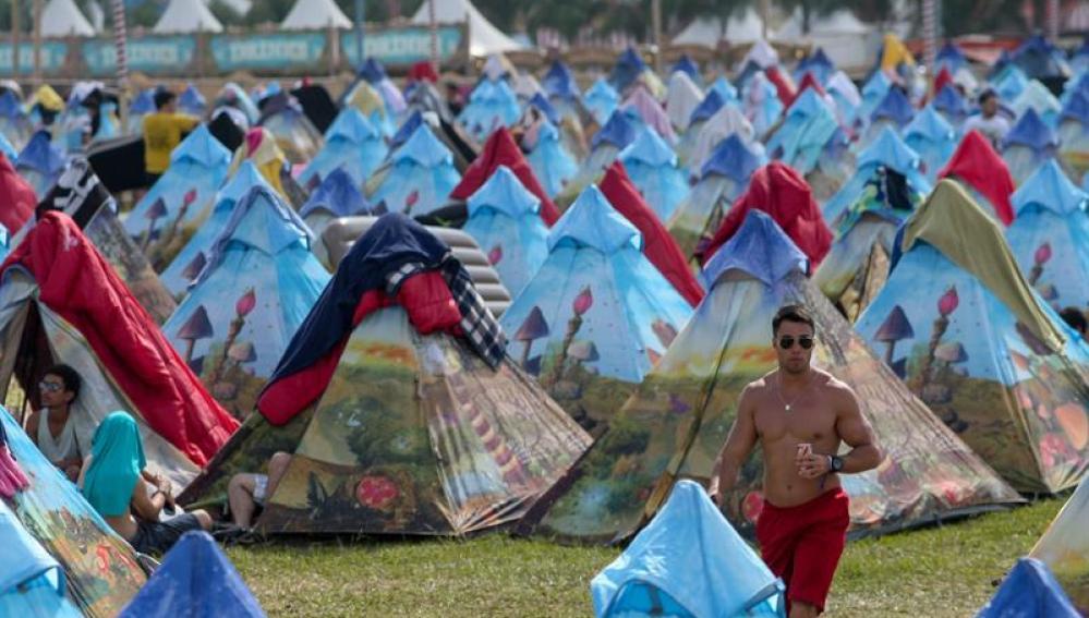 Festivales de electrónica más importante del mundo prohibirán el uso de mochilas