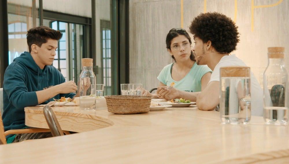 Kevin, Estela y Axe en la academia de 'Top Dance'