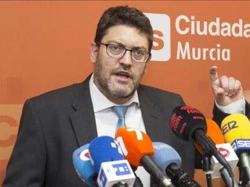 El portavoz del grupo parlamentario de Ciudadanos (C's) en el Parlamento de Murcia, Miguel Sánchez