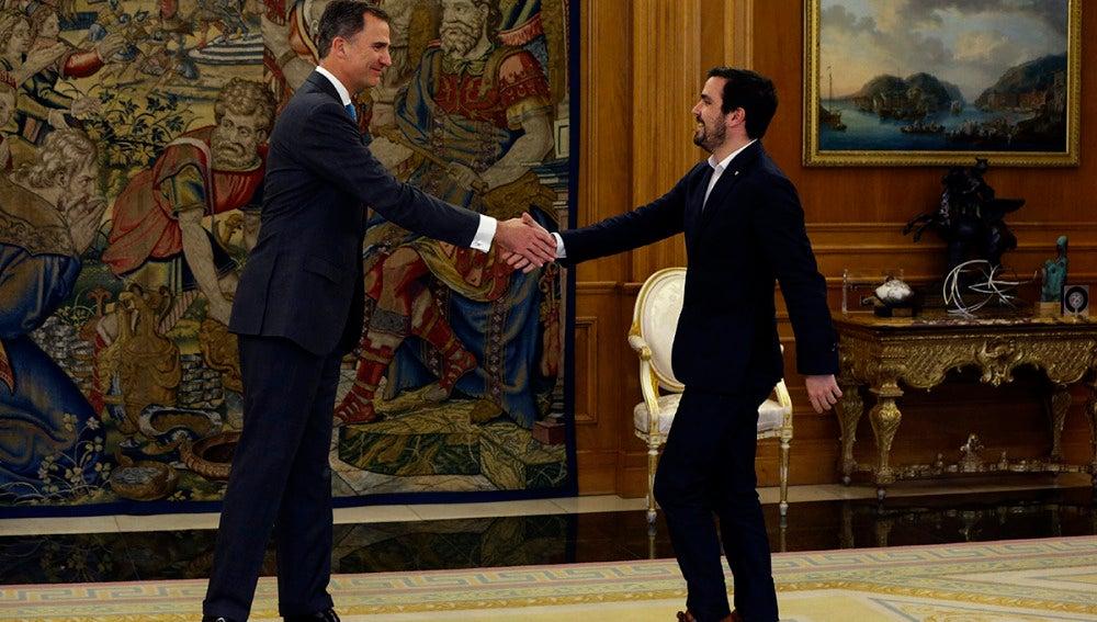El Rey recibe a Alberto Garzón