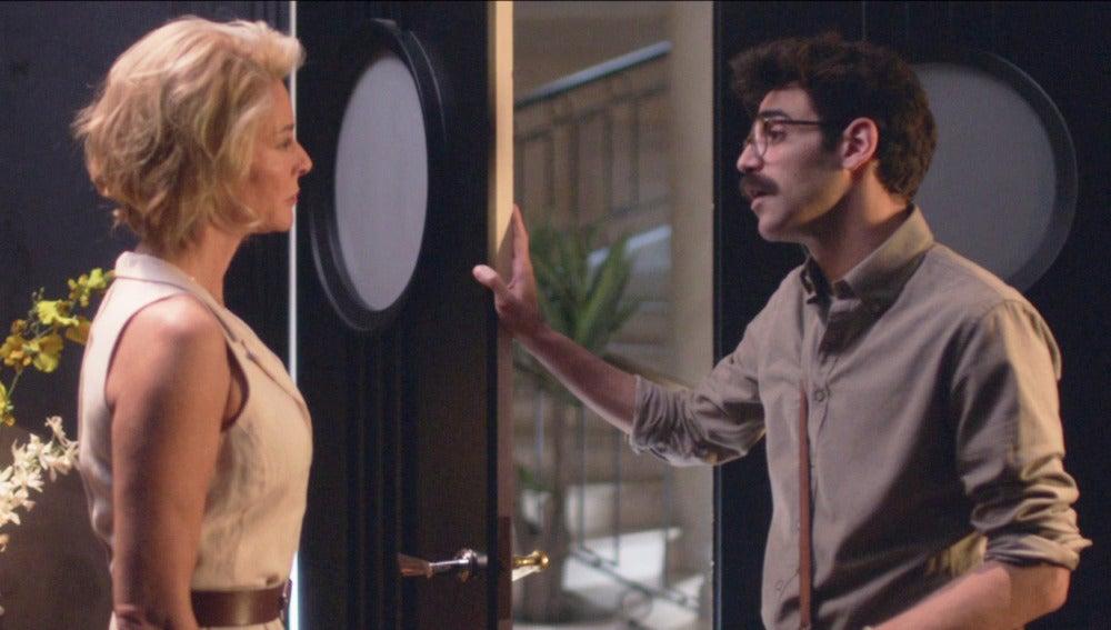 Romero habla con Claudia