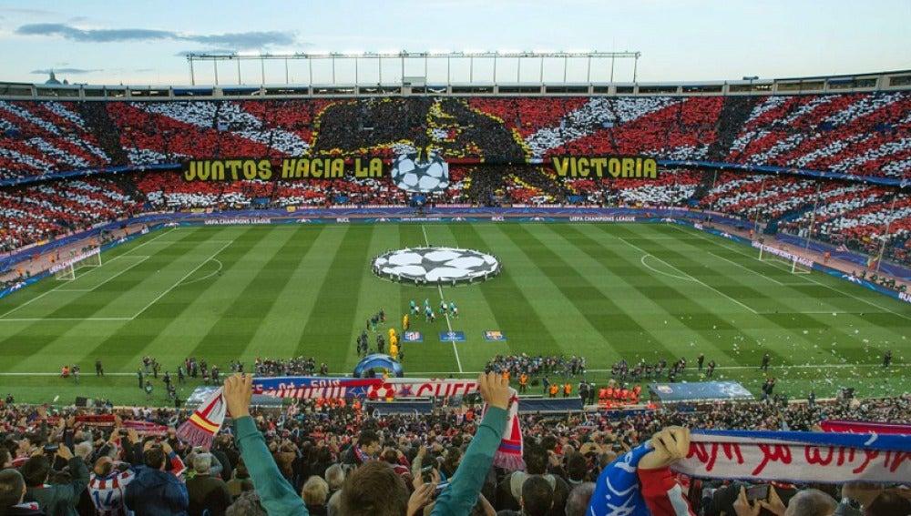 El Vicente Calderón durante un partido de Champions League