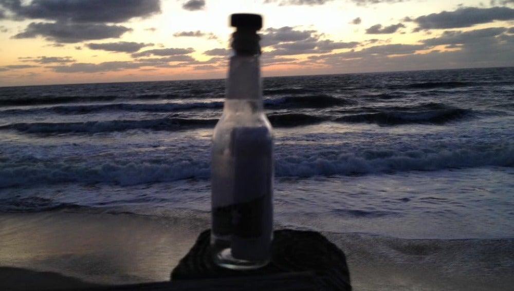 Botella encontrada en una playa de Florida