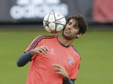Javi Martínez, en el entrenamiento del Bayern