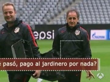 El ¡profe' Ortega bromea en el Allianz Arena
